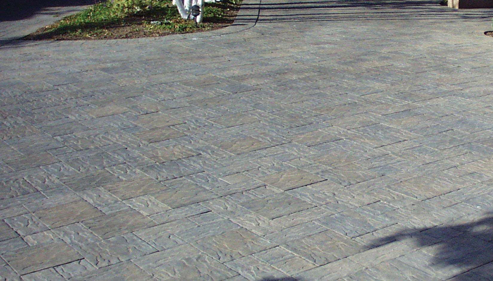 Pacific Interlock Paving Stone : Hydro flo™ textured estate pavers pacific interlock