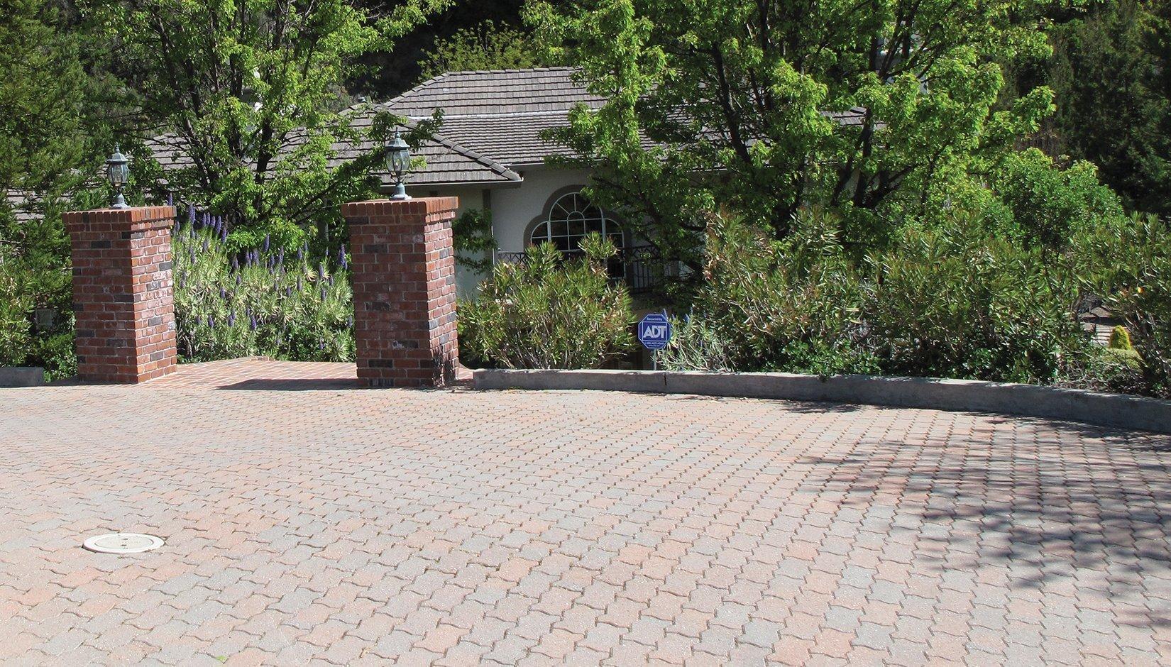 Pacific Interlock Paving Stone : Universal pavers pacific interlock pavingstone
